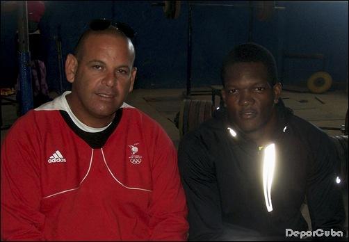 Keshorn y su entrenador