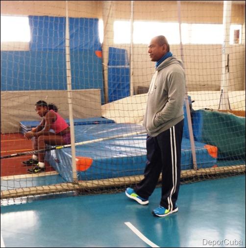 Yarisley Silva entrena en Pamplona
