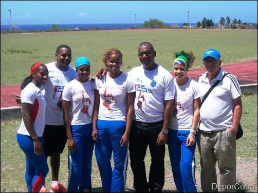 Women Pole vault cuban team1