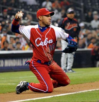 Youlieski Gourriel lidera el equipo Cuba que nos representará en los Juegos CAC Veracruz 2014