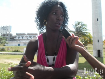 Yarisley Silva_Entrevista_Deporcuba_2015