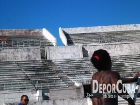 Yarisley Silva_Entrena_La Habana_2015_DeprCuba (7)