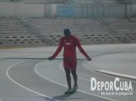 Atletismo se prepara_Foto by Deporcuba (9)