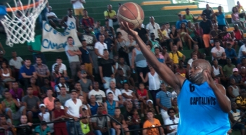 Basketball_feliz intercambio para el deporte de Cuba_rene navarro_Foto_COCO