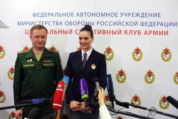 Isinbayeva se contrata con el CSKA  FOTO: http://direct-press.ru