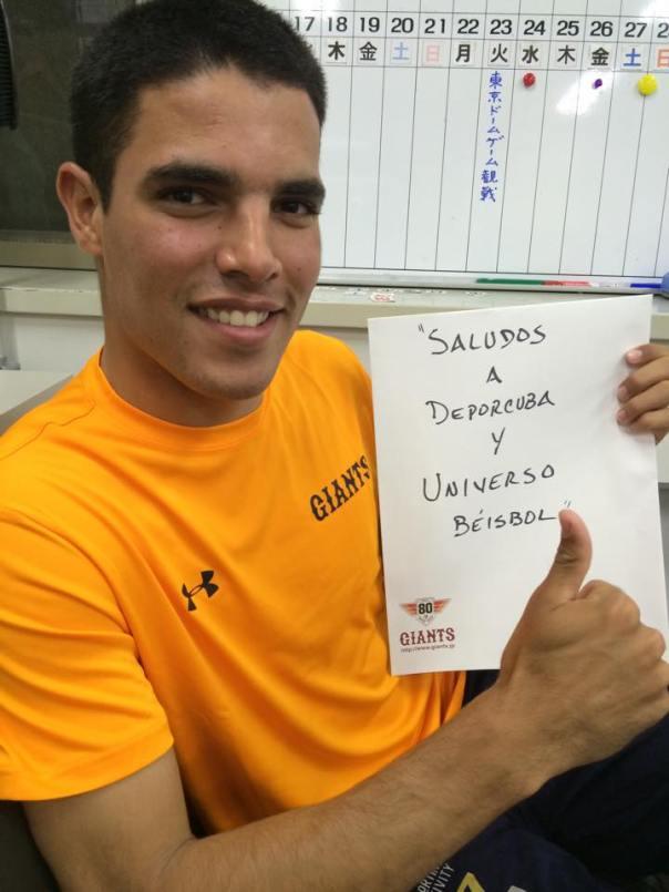El saludo de Héctor Mendoza a los lectores de nuestros blogs via internet