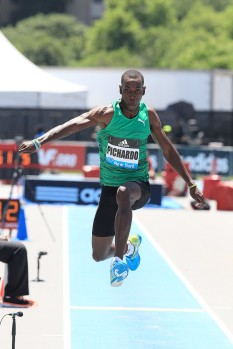 Pedro_Pablo_Pichardo_-_Men_s_Triple_Jump_-_New_York_2015_20363_557c9f0bd7