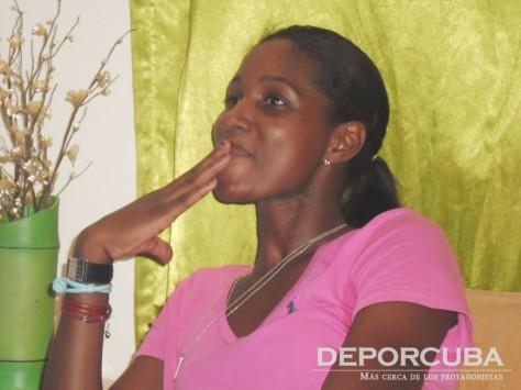 Entrevista_Kenia Carcases_by Deporcuba (5)