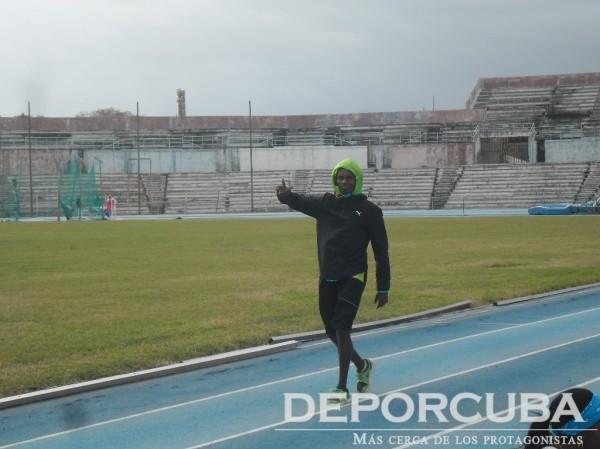 Leonel Suárez se prepara para enfrentar los nuevos retos en 2016