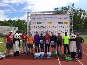 Lázaro Borges y los atletas que participaron en la Copa Himmelsstürmer 2016