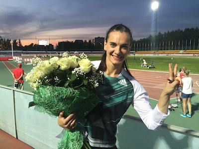 Isinbayeva tras coronarse Foto: Rusathletics