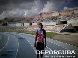 Yoandy Lescay_400-4x400 Cuba_Rio_Deporcuba