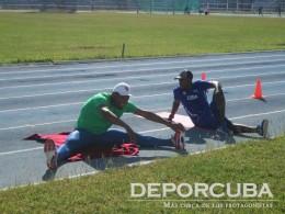 Equipo cubano de relevo 4x400 (Yera y Collazo)