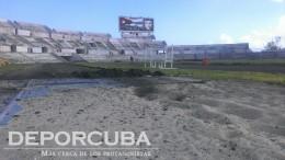 Montaje de la nueva pista del Estadio Panamericano