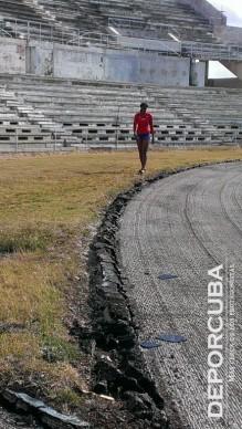 Restauración de la pista del Estadio Panamericano (1)