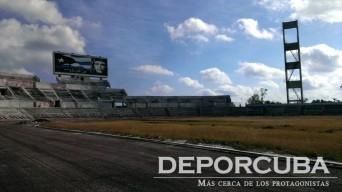 Restauración de la pista del Estadio Panamericano (5)